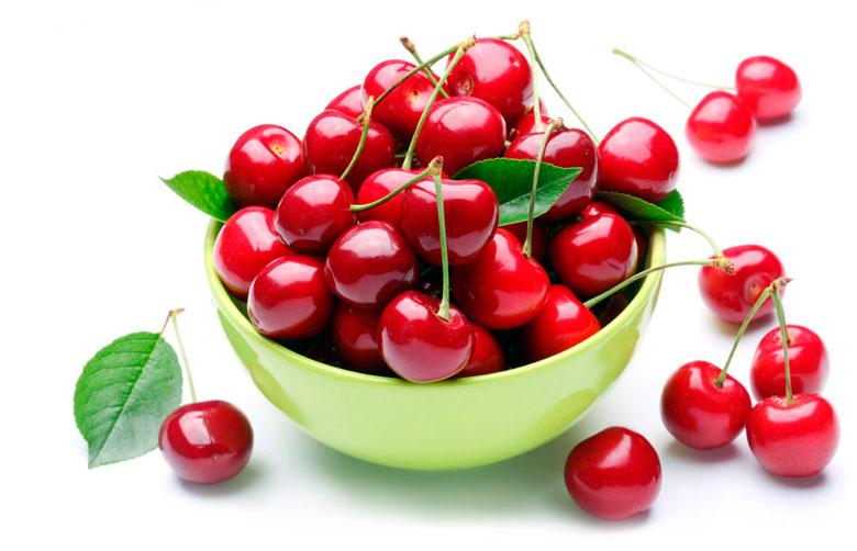 Ягоды вишни для лучшего сжигания жира на животе
