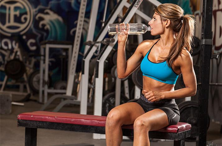 Потребление воды во время тренировки