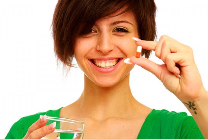 Витамины для девушек и мужчин